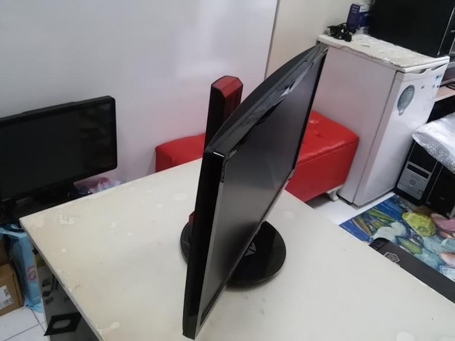 ASUS 24' VG248QE 1ms 144Hz Full HD HDMI+DP 3D Gaming Monitör